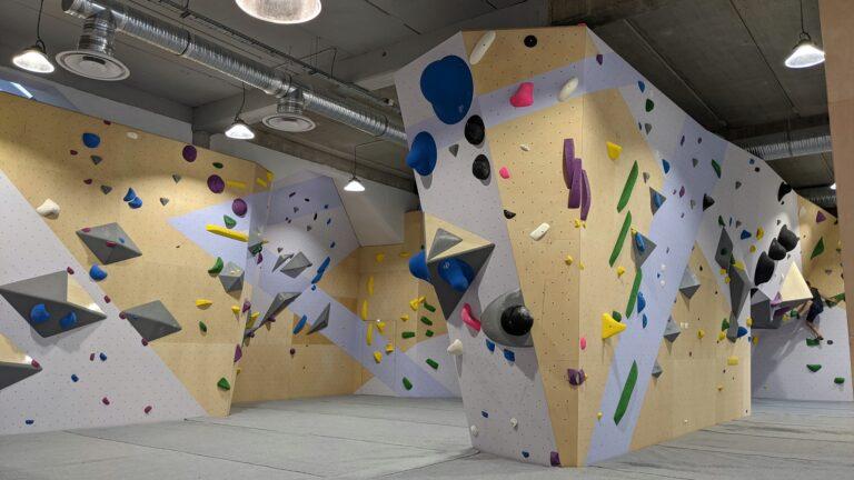 Le triangle : nouvelle salle d'escalade à Paris intramuros